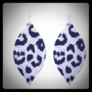 💞Leopard Fish Hook Earrings